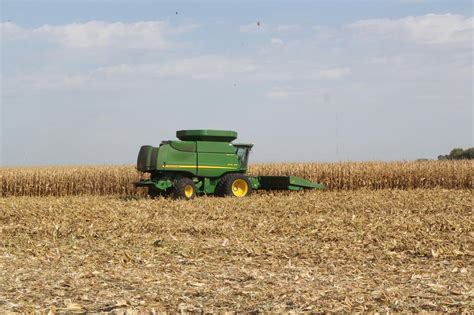 To Close Subsidy Loophole, USDA Wants to Redefine 'Farmer