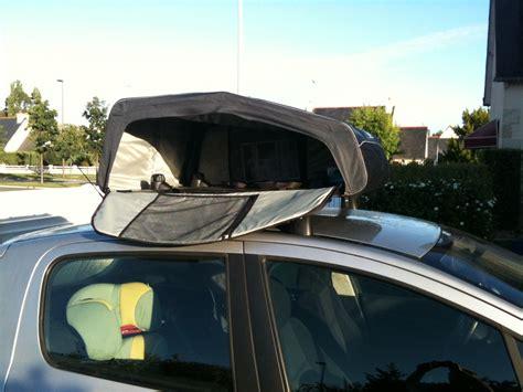 coffre de toit sans barre trop de bagages en voiture pensez au coffre de toit souple et pliable