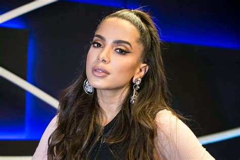 Anitta Usa Look Arrasador Para Receber Melanie C, Sandy
