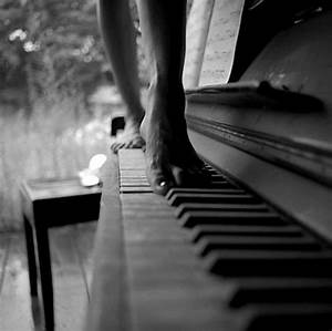 black and white, gsayour, photo, photography, piano ...