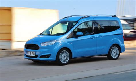 test ford tourneo courier otomobil duenyam
