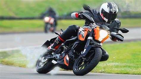 ktm duke 125 vitesse max ktm duke 125 review 2017 gear