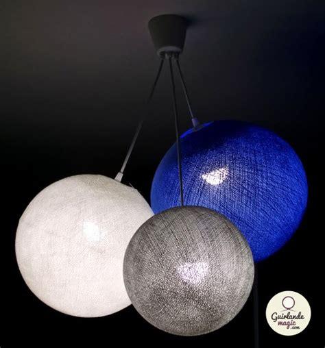 chambre bébé bleu et blanc guirlande lumineuse de décoration