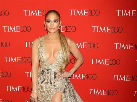 Jennifer Lopez to perform at Billboard Music Awards ...