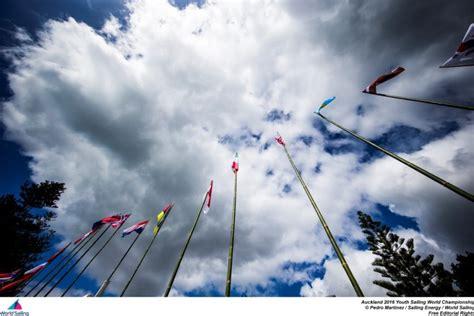Jaunzēlandē sākas World Sailing pasaules jaunatnes ...