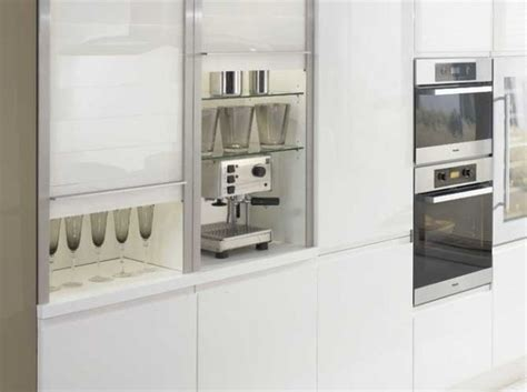 petit electromenager cuisine placards coulissants ixina appartement cuisine