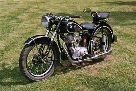 Vintage Bmw For Sale by Five Vintage Bmw Motorcycles We Really