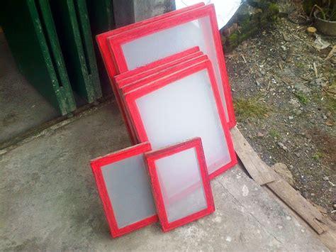 cara sablon kaos atau baju kertas plastik dengan peralatan manual informasi sablon indonesia