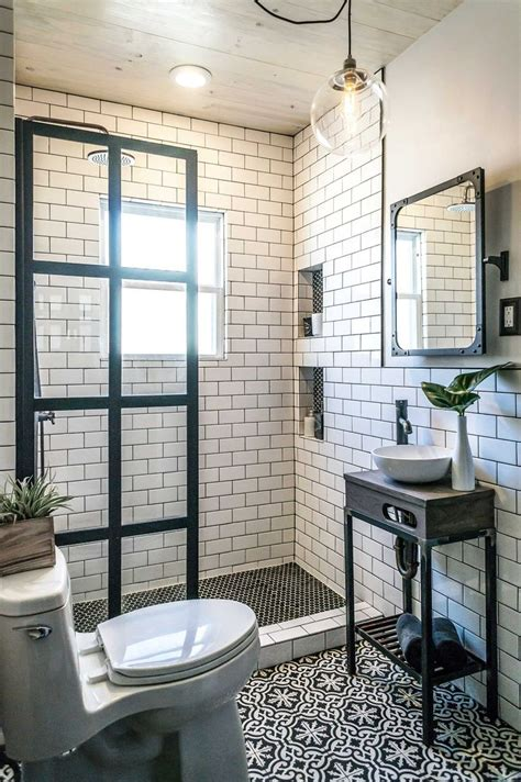 Black And White Bathroom Tile Ideas by Best 25 White Subway Tile Bathroom Ideas On