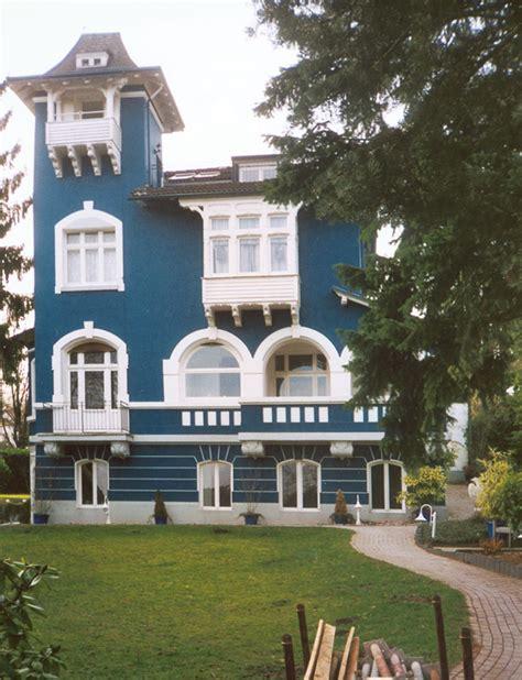 Zweifamilienhaus Sanierung Eines Altbaus by Sanierungskonzepte Honsberg Sanierungen