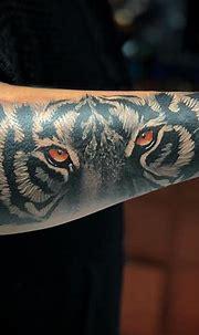White tiger tattoo | Spine tattoos, White tiger tattoo ...