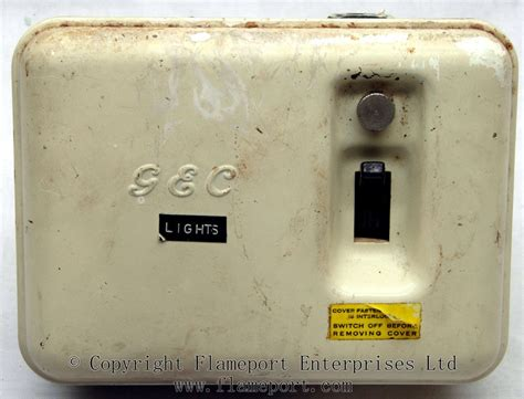 Light Switch Fuse Box by Gec Metal 3 Way Fusebox