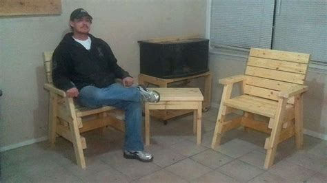 plans build  outdoor arm chairs   side table