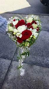 Ideen Mit Herz Facebook : die besten 25 brautstrau rote rosen ideen auf pinterest ~ Frokenaadalensverden.com Haus und Dekorationen
