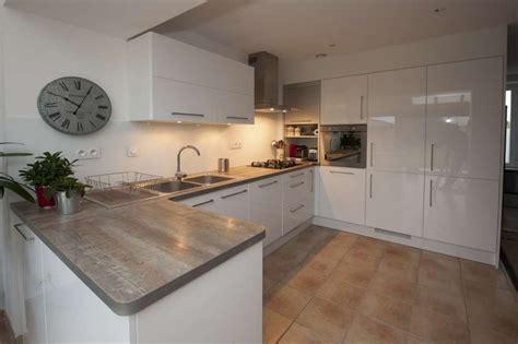 modele cuisine blanc laqué meuble cuisine blanc laqué cuisine en image