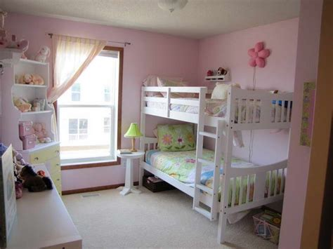 Girl Bunk Beds With Pink Walls