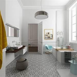 Modele De Carreaux De Ciment : salle de bains avec carreaux de ciment c t maison ~ Zukunftsfamilie.com Idées de Décoration