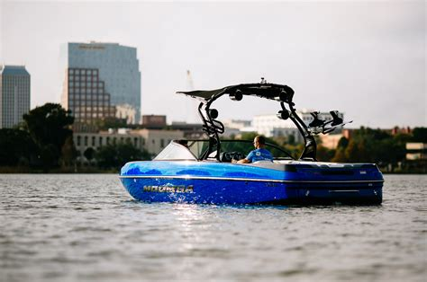 Moomba Boats Raptor by Boats Pros Moomba Craz Alliance Wakeboard