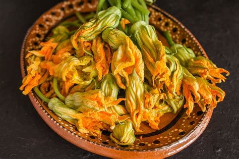 The Best Fried Zucchini Blossoms Recipe Original from Rome ...