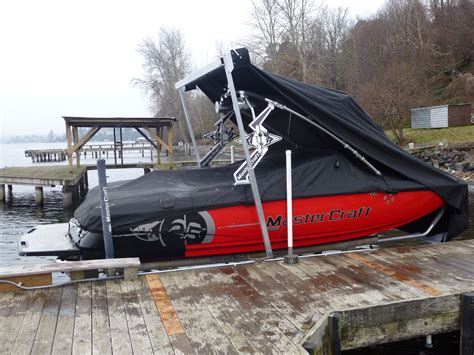 Boat Cover Tower Support by Sunstream Boat Lifts 187 Sunstream 174 Introduces Swiftshield