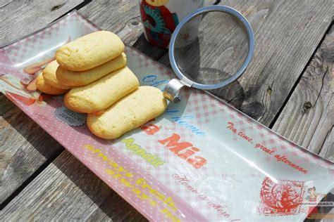 marzipangeb 228 ck biscuits 224 la p 226 te d amande lolibox