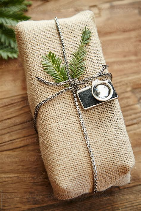 hipster gift  burlap wrapping paper  vintage camera