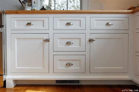 hardware for kitchen cabinets ideas kitchen hardware ideas kitchen cabinet hardware 7002