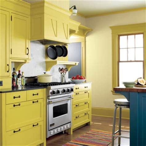 green meets gold editors picks  favorite yellow