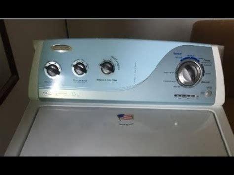 lavadora whirlpool enciende y no lava