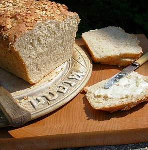 Celebrating British Bread Week With Farmhouse Oatmeal