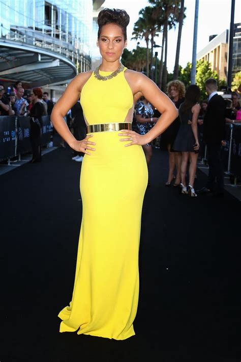 alicia keys dress yellow aria stella height awards prom tight sheer fitting mccartney side cutout dazzles razzle gown cheap heightandweights