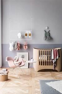 penderie ouverte pour exposer ses vetements blog deco clem With tapis chambre bébé avec robe d été a fleur