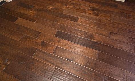 clean hardwood floors tips  cleaning wood floors