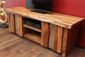 Tv Möbel Massivholz : massivholz tv sideboard im ausgefallenen landhausstil aus suar ~ Yasmunasinghe.com Haus und Dekorationen