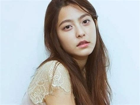 married park se young profile  facts drama plastic surgery fashion  short