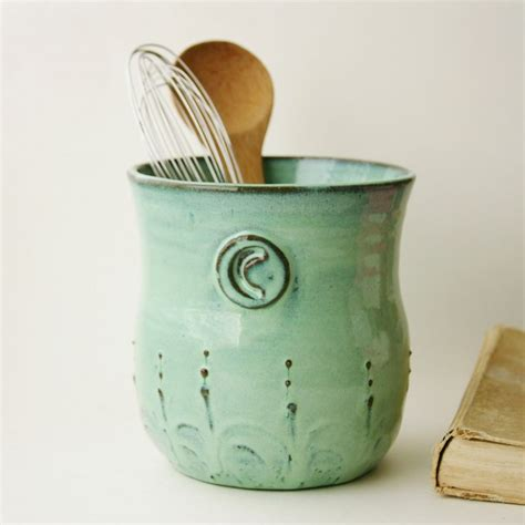Beautify Your Kitchen With French Country Kitchen Utensils