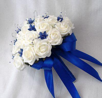wedding flowers brides posy bouquet ivory roses