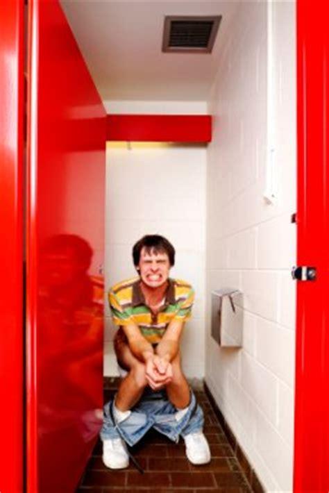 maintain  healthy colon remove parasites  poop
