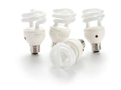 philips energysaver dusk to light bulb with