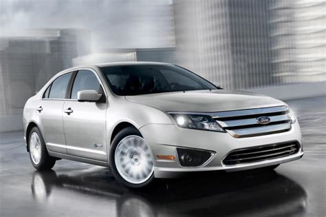 ford fusion hybrid  car review autotrader
