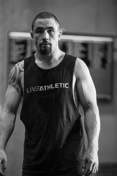 whittaker robert ufc fitness