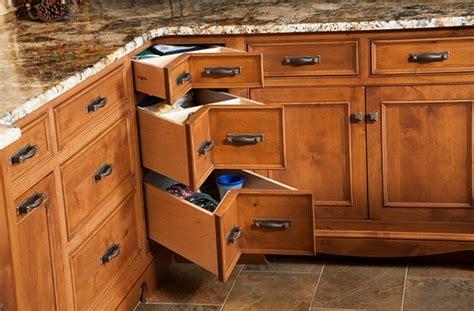 log home kitchen cabinets got a kitchen corner storage problem here are 20 7153