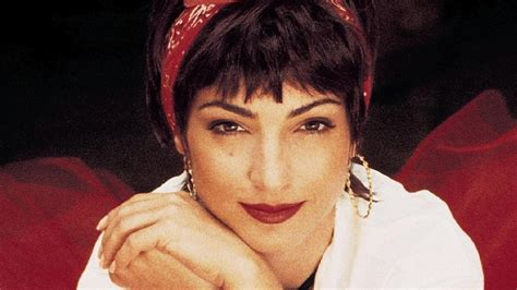 Top 10 Iconic Female Singers Of The 80s