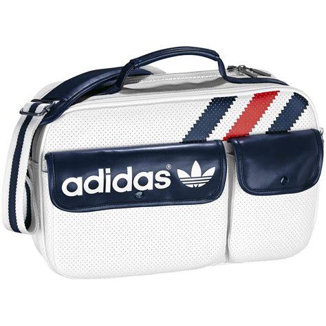 heren 3 stripes airline bag white indigo adiluv zapatos deportivos bolsos deportivos