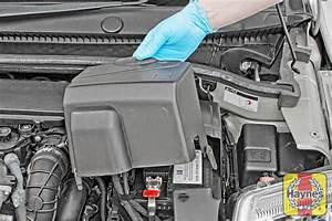 Batterie Citroen C3 : citroen c2 2003 2010 1 6 battery check haynes ~ Melissatoandfro.com Idées de Décoration