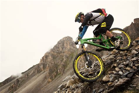 4 Wheel Downhill Mountain Bike