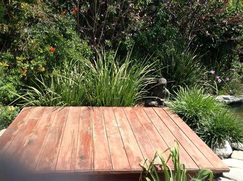 love  simple outdoor platform  yoga