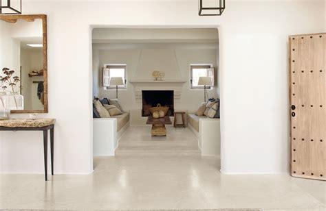 cuisine avec carreaux de ciment carrelage aspect béton ciré blanc pour sol intérieur en