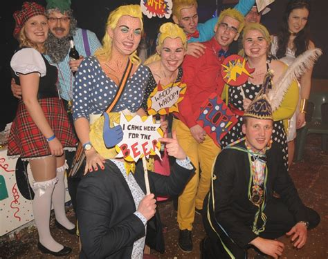 und sternchen kostüme beim jcc karneval sind die kost 195 188 me immer besonders bunt und ausgefallen foto a kulke