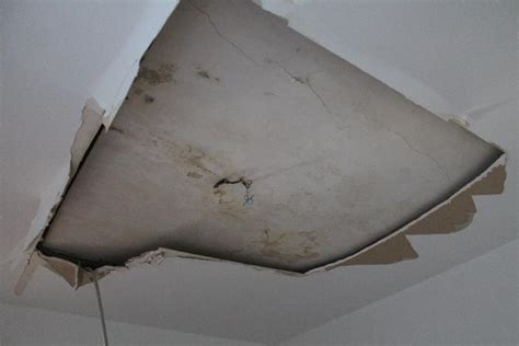 fuite d eau plafond melmelboo feu notre plafond